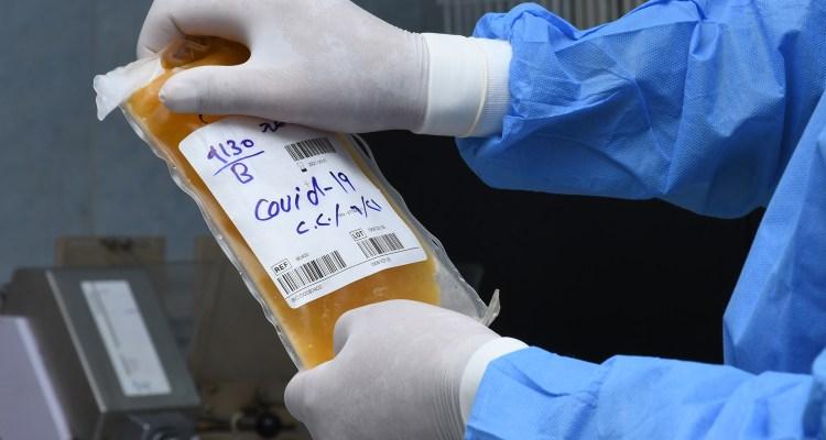 Tratamiento de 'plasma' no funciona en pacientes graves de COVID-19, revela estudio