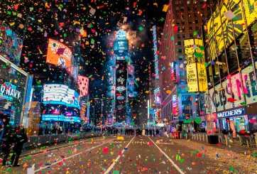Residentes en Massachusetts reciben el nuevo año mientras autoridades refuerzan medidas