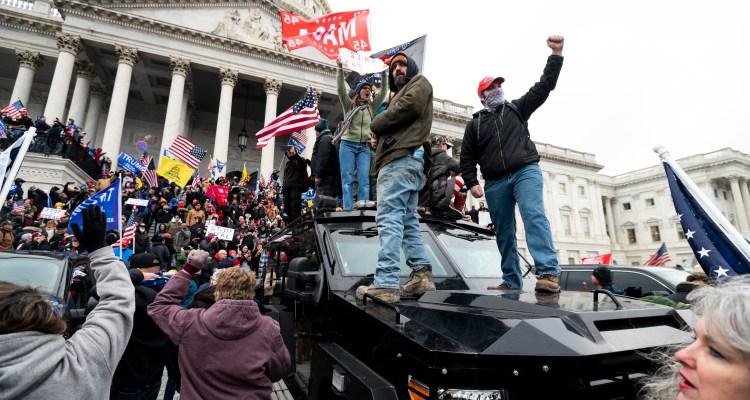 El FBI alertó sobre violencia antes del ataque al Capitolio