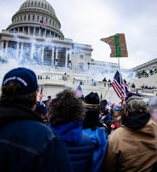 Comunidad internacional condena ataque al Capitolio y culpa a Trump