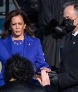 Demócratas recuperan el Senado juramentados por Kamala Harris