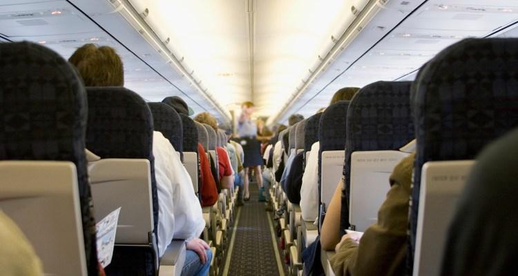 Asistentes de vuelo piden vetar a amotinados de DC de las aerolíneas