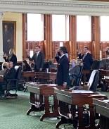 Juramentan a César Blanco como nuevo senador de Texas