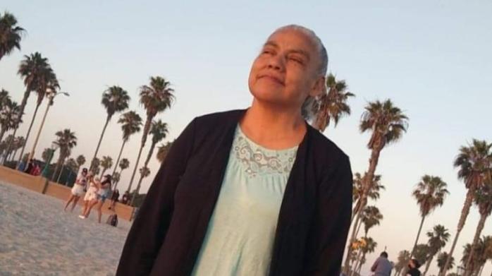 Madre sacrifica su salud para cuidar de su familia enferma de coronavirus
