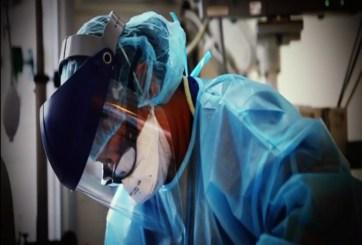 Atendiendo por encima de la capacidad en las salas de cuidados intensivos