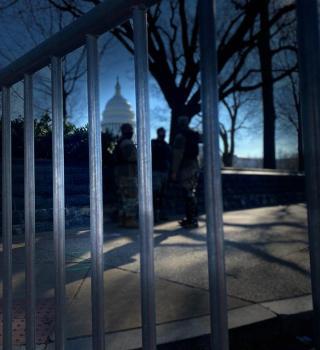 Washington D.C. 24 horas después del vandalismo e invasión al capitolio