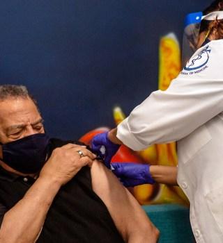 Dónde vacunarse contra el COVID-19 en la bahía de Tampa