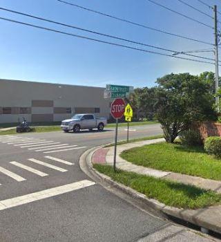 Un muerto y tres heridos en accidente de tráfico en Chickasaw Trail