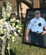 Funeral con honores para el agente Brian LaVigne del condado de Hillsborough