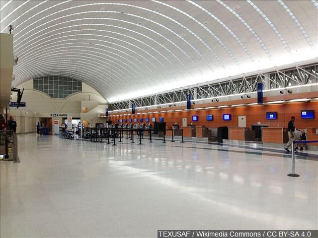 aeropuerto airport