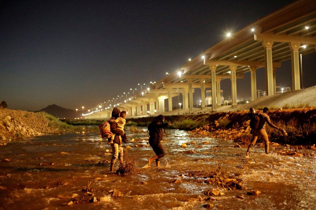 migrantes rio bravo
