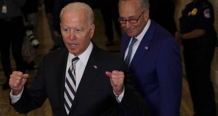 Demócratas incluyen reformas migratorias en nuevo presupuesto